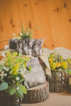 Photography: Janet Howard Studio - janethowardstudio.com Floral Design: Le Petit Jardin - madisonflowergarden.com   Read More on SMP: http://stylemepretty.com/vault/gallery/13809