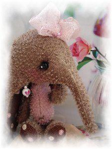 Mohair Bear Elephant Amine Style Sewing Pattern 5,5 inch. $15.00, via Etsy.