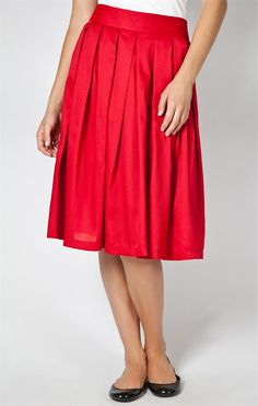 Basic Pleats Skirt