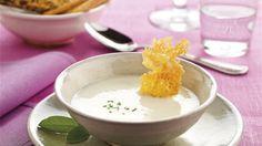 Vichyssoise con crujiente de queso