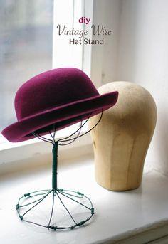 DIY Vintage Wire Hat Stand #DIY #hat stand #vintage #decoration #wire