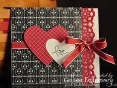 grand-finale studio: And even more Buffet cards. (the last installment! Valentines Day Cards Handmade, Valentine Greeting Cards, Greeting Cards Handmade, Valentine Ideas, Mini Album Scrapbook, Scrapbook Cards, Wedding Anniversary Cards, Wedding Cards, Cricut Anniversary Card