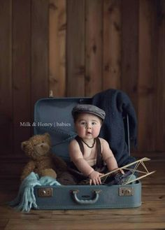 Baby suitcase