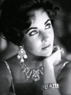 Elizabeth Taylor died at 79 of congestive heart failure, but she also had many surgeries and faced other health issues like cancer, pneumonia, and scoliosis.