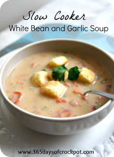 Recipe for Slow Cooker (Crock Pot) White Bean and Garlic Soup