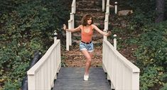Jennifer Grey and Patrick Swayze in Dirty Dancing Dirty Dancing, Iconic Movies, New Movies, Movies Online, Collage Des Photos, Collage Pictures, Netflix, Jennifer Grey, Funny Films