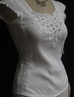 Add battenburg lace to t-shirt and voila! Romance and femininity <3