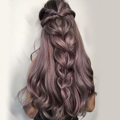 I want this thick long hair! Good for me to deal with this cold fall. #hairextensions #hairstyles #thickhair