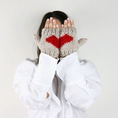 FREE PATTERN - Gloves is in the air <3