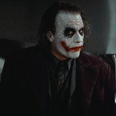 The Man Who Laughs, Gotham Batman, Heath Ledger, Dc Movies, Gotham City, Dark Knight, Dc Universe, Dc Icons, Halloween Face Makeup