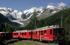 Ferrovia retica nel paesaggio dell'Albula e del Bernina, Svizzera