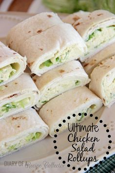 Ultimate Chicken Salad Pinwheels _ These are not your average chicken salad wraps. They are filled with whipped cream cheese, shredded lettuce, & provolone cheese. They really are the ultimate chicken salad rollups! Salad Wraps, Soup And Sandwich, Chicken Sandwich, Chicken Salad, Soy Chicken, Chicken Wraps, Appetizer Recipes, Meat Appetizers, Love Food