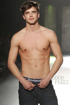 River Viiperi: Shirtless In Barcelona - Perez Hilton Cute Male Models, River Viiperi, Barcelona Fashion, Baby One More Time, Cute Gay Couples, Tonne, Mature Men, Male Form, Sexy Men