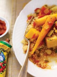 Ricardo& recipe : Slow Cooker Couscous with Vegetables and Chickpeas Couscous Recipes, Chickpea Recipes, Veg Recipes, Slow Cooker Recipes, Wine Recipes, Crockpot Recipes, Vegetarian Recipes, Healthy Recipes, Healthy Eats