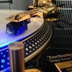 Technics Gold