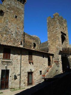 Italy, Bolsena, la Rocca - 42°38′41″N 11°59′09″E