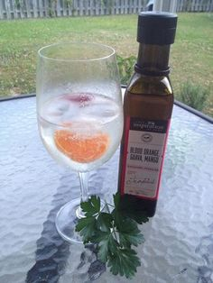 Move over vodka & supermarket flavoured mineral water! This is my drink for summer! 30 ml vodka & a capful of YIAH Blood Orange, Guava & Mango Balsamic Vinegar. Add some ice & fill with soda! Incredibly refreshing, sweet & less calories too!