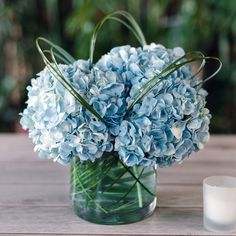 Floral Wedding Centerpieces Planning and Tips - Love It All Blue Centerpieces, Wedding Table Centerpieces, Wedding Flower Arrangements, Wedding Bouquets, Floral Arrangements, Wedding Decorations, Table Decorations, Centerpiece Flowers, Centerpiece Ideas