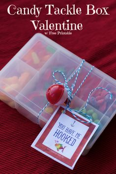 What a fun valentines day project for your kids to make these candy tackle box valentine gift idea.  DIY, Crafts with a free printable.