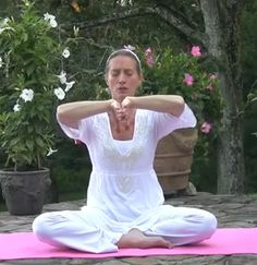 Join Kundalini Yoga teacher Anne Novak as she teaches this meditation to heal depression. Yoga Sequences, Yoga Poses, Ayurveda, Mantra, Kundalini Meditation, Partner Yoga, Jolie Photo, Yoga Videos, How To Do Yoga