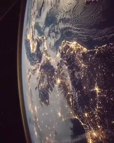 🌐 Save our Planet. 👇✨Your Comment Video by International Space Station - Planet Earth - Our Home Planets Wallpaper, Live Wallpaper Iphone, Galaxy Wallpaper, Space Planets, Space And Astronomy, Galaxy Space, Galaxy Art, Cosmos, Hubble Space Telescope