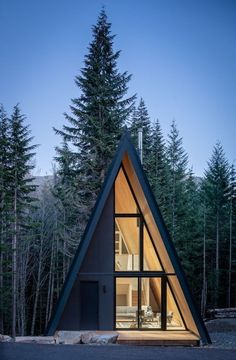 Forest Cabin, Forest House, Cabin Design, Tiny House Design, A Frame Cabin Plans, Triangle House, Dome House, A Frame House, Cabin Homes