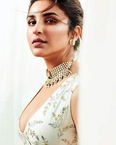 Parineeti Chopra, Femina Wedding Times, Anniversary on Pantone Canvas Gallery Indian Celebrities, Bollywood Celebrities, Bollywood Actress, Hindi Actress, Indian Bollywood, Bollywood Stars, Most Beautiful Indian Actress, Beautiful Actresses, Beauty Full Girl