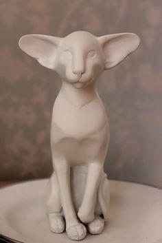 Siamese Cat Sculpture by Feline Sapien, via Flickr