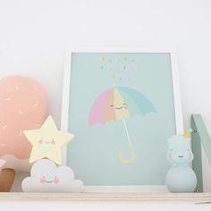 Cute rainbow umbrella ☔️ #eeflillemorpicture #nurserydecor #kidsroom #nursery #kidsroom #umbrella #rainbow #kidsprint #pastel #nightlights