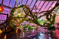 who is nenouwasa? at DuckDuckGo Interactive Installation, Installation Art, Grandeur Nature, Scenic Design, Exhibition Space, Indoor Wedding, Belleza Natural, Stage Design, Light Colors