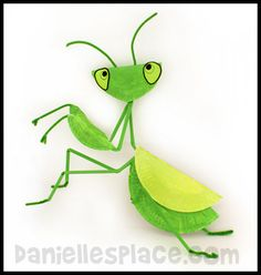 Praying Manitis Paper Plate Craft and many other insect crafts!