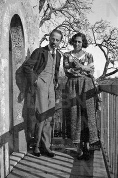 Kapcsolódó kép Rainer Maria Rilke, Painting, Art, Art Background, Painting Art, Kunst, Paintings, Performing Arts, Painted Canvas