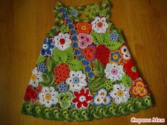 ideas for carrying irish lace baby dress Crochet Yoke, Crochet Shirt, Crochet Girls, Crochet Baby Clothes, Freeform Crochet, Crochet For Kids, Crochet Stitches, Crochet Patterns, Irish Crochet Tutorial