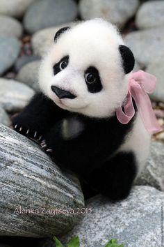Купить Валяная игрушка Панда Юми! - черно-белый, валяная игрушка, валяние из шерсти