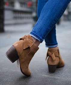 back tie booties