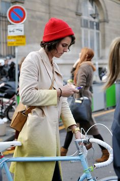 The Coat, Paris - Trendy Crew  #style #fashion #StreetStyle #red #hat