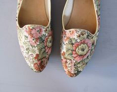 Love these vintage floral tapestry flats. #Refinery29