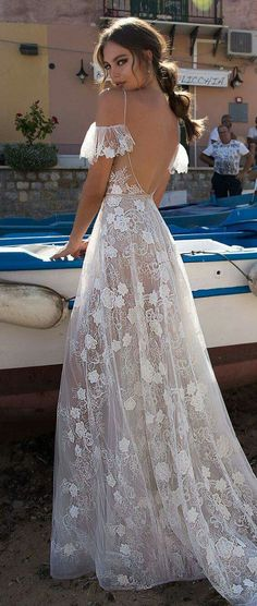 Wedding Gown MUSE by Berta Sicily Wedding Dress Collection Wedding Dresses 2018, Bridal Dresses, Prom Dresses, Wedding Dressses, Bridal Collection, Dress Collection, Pretty Dresses, Beautiful Dresses, Muse By Berta