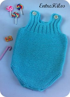 Baby Boy Knitting Patterns, Knitting For Kids, Baby Patterns, Knitted Baby Clothes, Knitted Romper, Diy Baby Socks, Crochet Baby, Knit Crochet, Tricot Baby