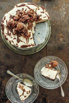 Ferrero Rocher Ice Cream Cheesecake @FoodBlogs
