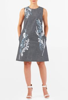 I this Floral embellished cotton chambray shift dress from eShakti Simple Dresses, Casual Dresses, Fashion Dresses, Chambray, Vestidos Vintage, Custom Dresses, Dress Patterns, Blouse Designs, Dresses Online