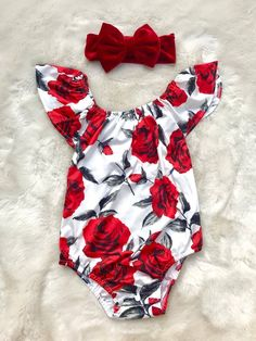 Baby Girl Red and White Romper - Baby Girl Flower Romper - B.- Baby Girl Red and White Romper – Baby Girl Flower Romper – Baby Girl Personalized Romper - Baby Outfits, Kids Outfits, Baby Dresses, Newborn Girl Outfits, Shift Dresses, Baby Girl Fall, Baby Baby, My Baby Girl, Baby Kids