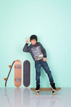 WALL*MANIA muursticker | wall decal #skateboard #lordoftheboard