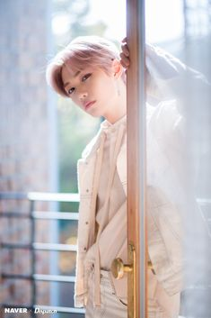 Stray Kids Felix - Clé: Levanter Promotion Photoshoot by Naver x Dispatch. Kids Shots, Felix Stray Kids, Kids Wallpaper, Lee Know, Kpop Boy, Boyfriend Material, K Idols, Photo Cards, Mini Albums
