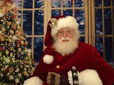 Santa Claus Santa Claus Photos, Minnesota North Stars, Canada Goose Jackets, Christmas Sweaters, Photo Ideas, Winter Jackets, Fashion, Shots Ideas, Winter Coats