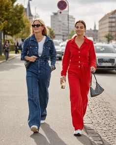 Awesome 44 Creative Winter Outfits Ideas With Jumpsuit To Try Asap Winter Outfits, Summer Outfits, Vintage Jumpsuit, Designer Jumpsuits, Boiler Suit, Jumpsuit Pattern, On Repeat, Jumpsuits For Women, Street Fashion