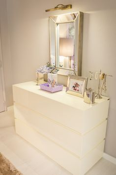 Ana Antunes | Quarto | Bedroom | Dressing table with mirror | Lilac Decor |  White | Home | Interior | Design