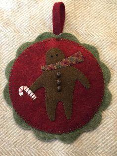 Jan Peckenpaugh: My version of Cheri's Gingerbread Man mat...did a single little guy for an ornament. So fun!