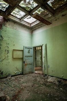 Photo of Pennhurst State School by Tom Kirsch / opacity.us