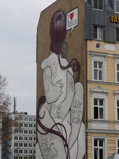 50 awesome Berlin street art photographs. More on http://getinspiredmagazine.com/blog/50-awesome-berlin-street-art-photographs/